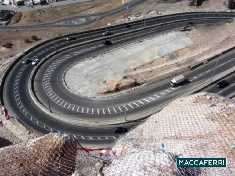 maccaferri-rockfall-barriers-installations-in-muscat-oman