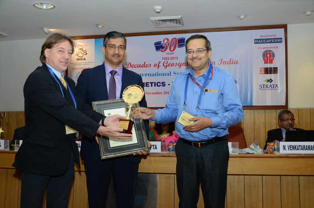 Maccaferri India Received Award for Exemplary services