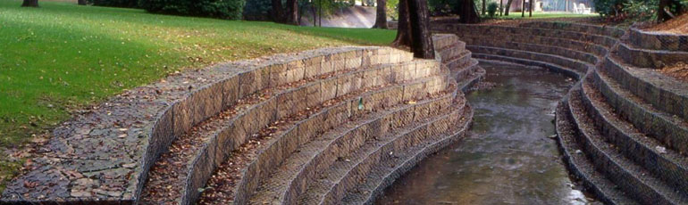 Gabions for channelling works