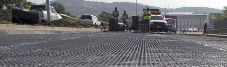 ZA-PA-MacGrid-AR-for-asphalt-anti-crack-reinforcement_
