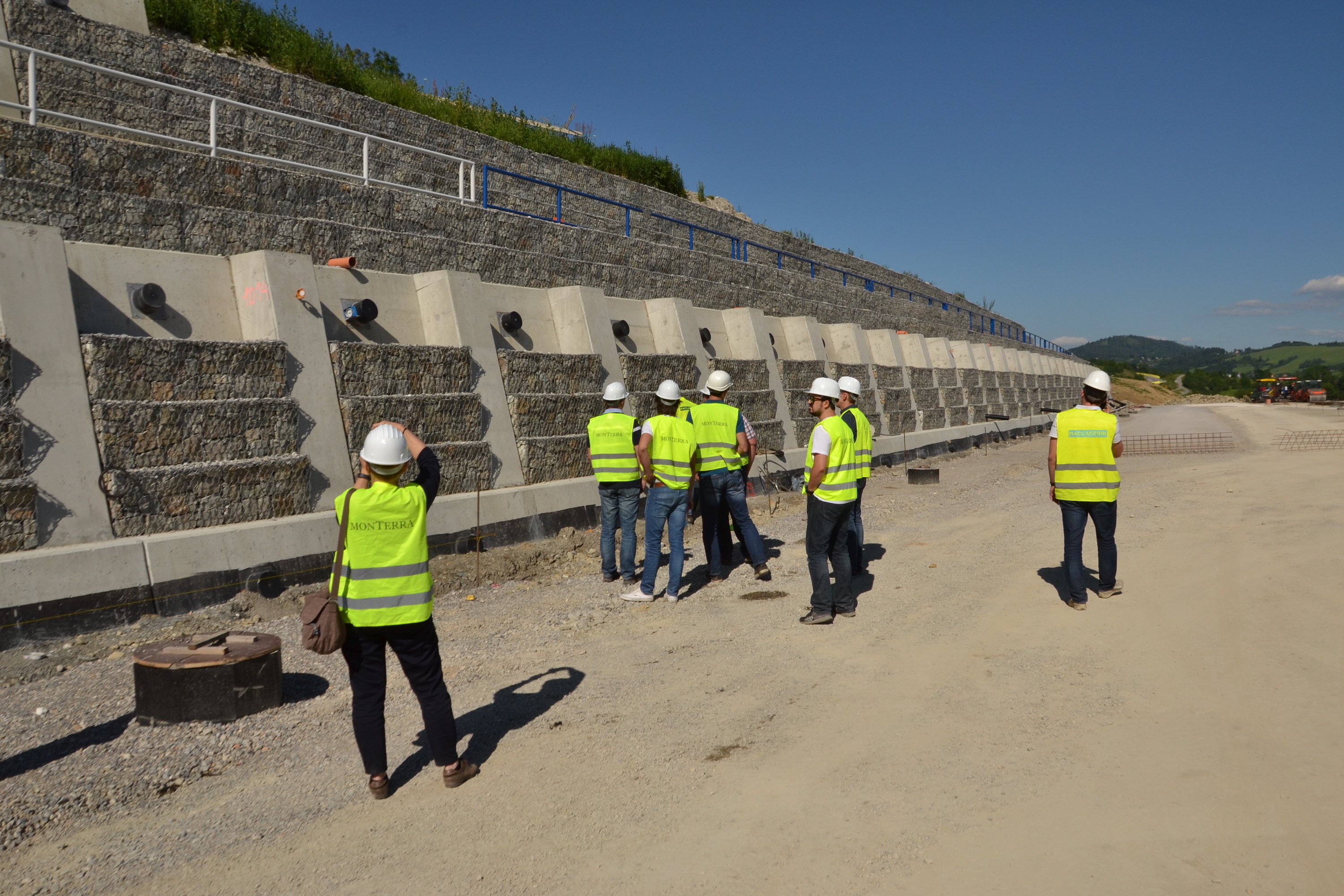 Jobsite visit in Slovakia for Croatian distributor and designers